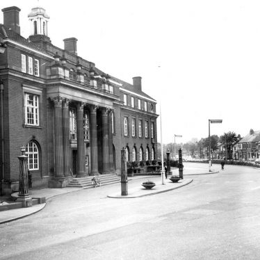 Nuneaton.  Town Hall