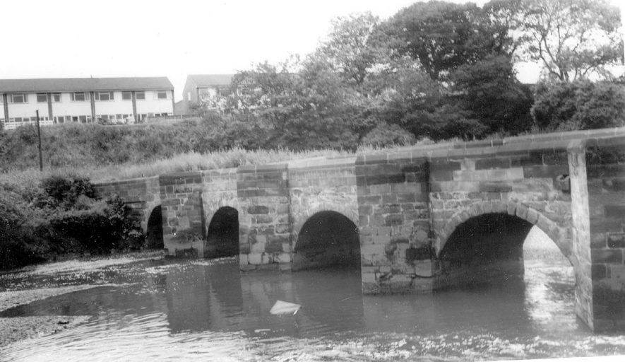 The bridge over the River Tame at Water Orton.  1960 |  IMAGE LOCATION: (Warwickshire County Record Office)
