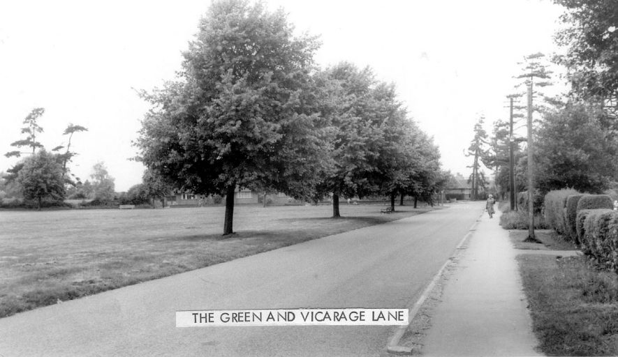 The Green and Vicarage Lane, Water Orton.  1960s |  IMAGE LOCATION: (Warwickshire County Record Office)