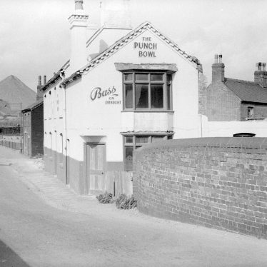 Nuneaton.  Punch Bowl Inn