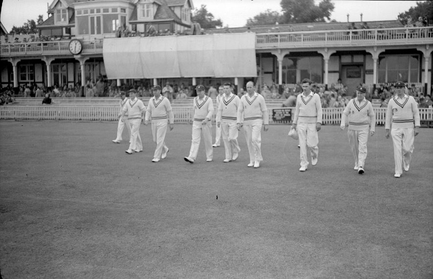 Warwickshire v Lancashire Match at Edgbaston.  Warwickshire take the field, with players left to right:  A. Woltan, W. Hollies, Tom Pritchard, Charlie Grove, Ray weeks, Alan Townsend, Fred Gardner, Tom Dollery (Capt.), Ray Hitchcock and Jimmy Oud.  1951    IMAGE LOCATION: (Warwickshire County Record Office)