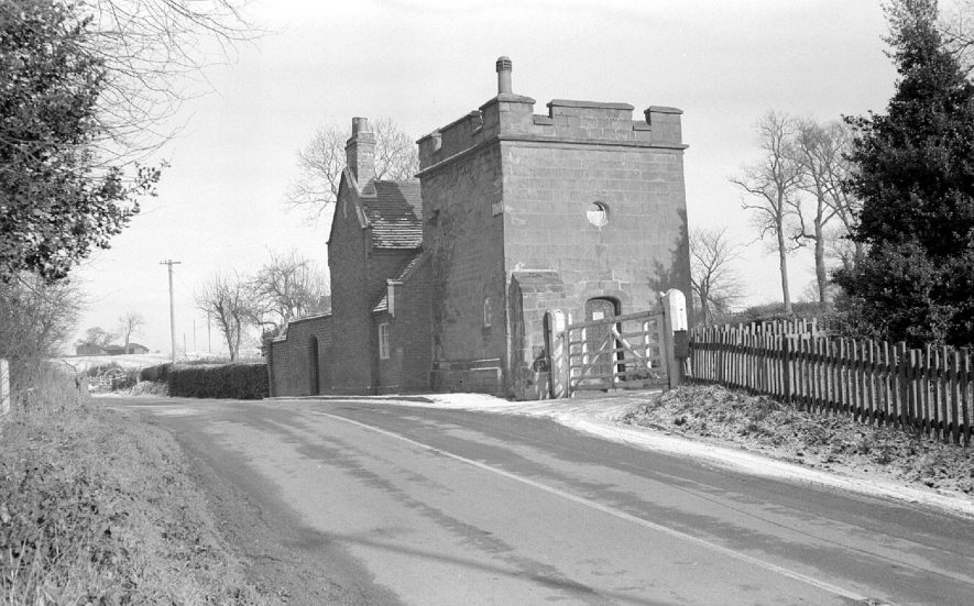 A lodge to Arbury Hall.  Opposite Astley Pool.  1952 |  IMAGE LOCATION: (Warwickshire County Record Office)