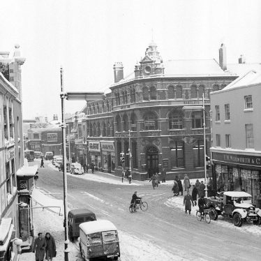 Nuneaton.  Market Place, in winter