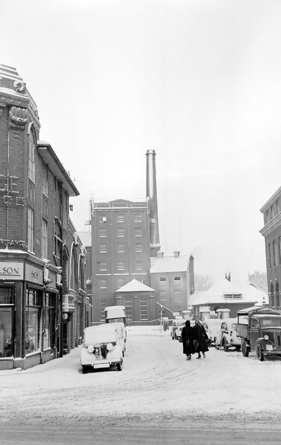 Nuneaton flour mills after snow.  1952 |  IMAGE LOCATION: (Warwickshire County Record Office)