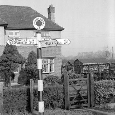 Polesworth.  Signpost near the town