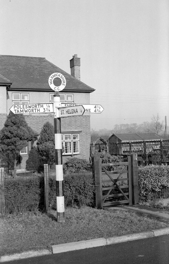 A signpost near Polesworth indicating St Helena.  1953 |  IMAGE LOCATION: (Warwickshire County Record Office)