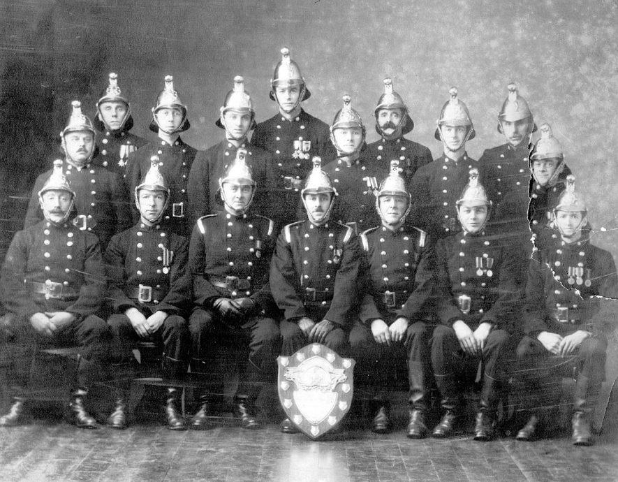 Group of Nuneaton Firemen.  1920s    IMAGE LOCATION: (Nuneaton Library)