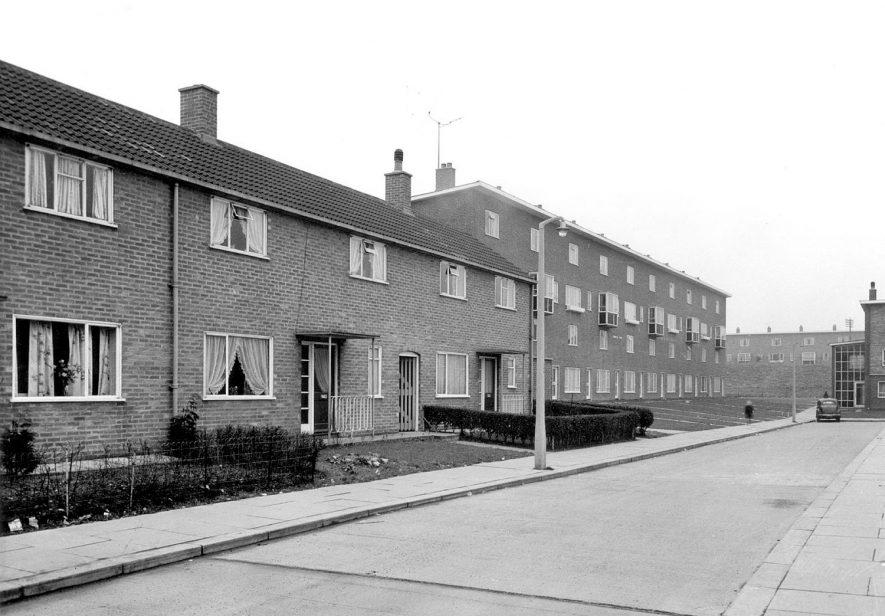 Bradestone Road, Caldwell Housing Estate, Nuneaton.  1940s |  IMAGE LOCATION: (Nuneaton Library)