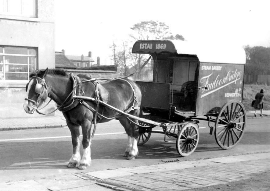 Horse drawn bread delivery van owned by a Mr Faulconbridge, Bedworth.  1920s |  IMAGE LOCATION: (Bedworth Library)