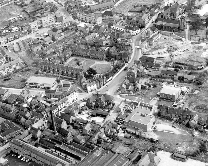 Aerial photograph of central Bedworth.  27 April 1966 |  IMAGE LOCATION: (Bedworth Library)