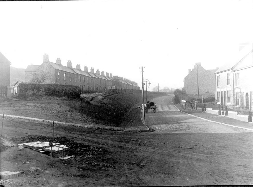 Terraced houses in, Galley Common, Nuneaton.  1930s |  IMAGE LOCATION: (Nuneaton Library)