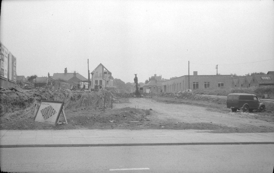 Work on the new road from Leicester Road (near Bond Gate) to Church Street, Nuneaton.  June 13th 1959 |  IMAGE LOCATION: (Warwickshire County Record Office)