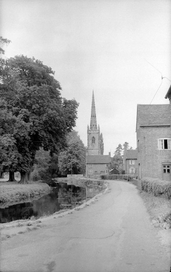Witherley (near Atherstone).  Parish Church, part of  street and stream running alongside.  August 2nd 1959 |  IMAGE LOCATION: (Warwickshire County Record Office)