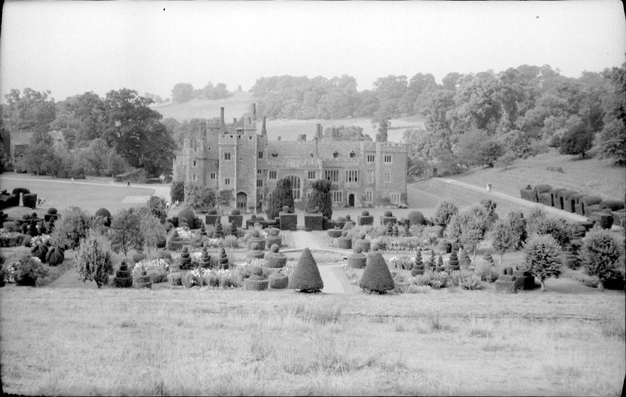Compton Wynyates house and gardens, surrounded by park.  August 5th 1959    IMAGE LOCATION: (Warwickshire County Record Office)