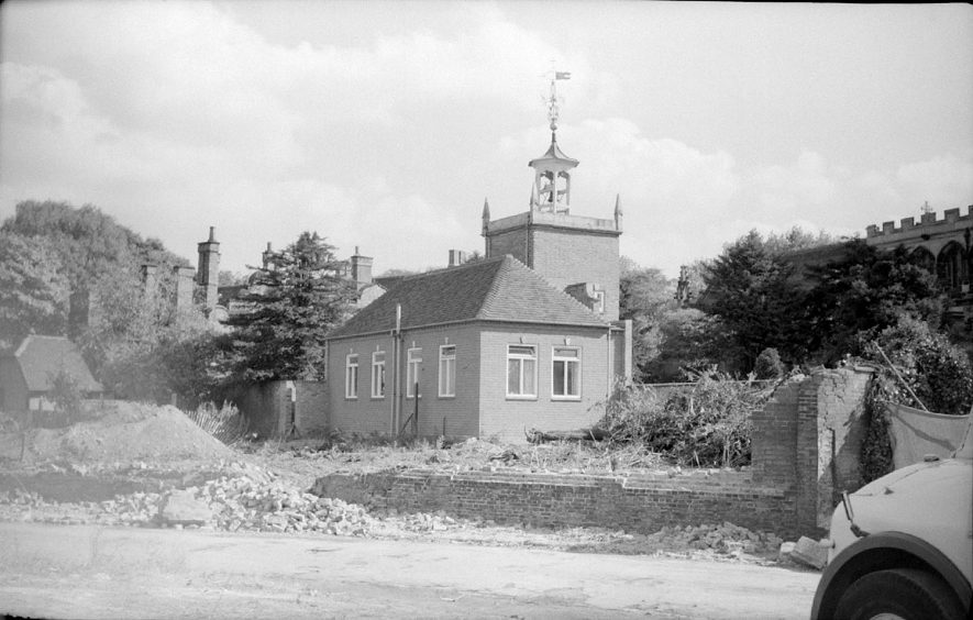 Old grammar school seen after demolition of wall in Vicarage Street, Nuneaton.  September 26th 1959 |  IMAGE LOCATION: (Warwickshire County Record Office)