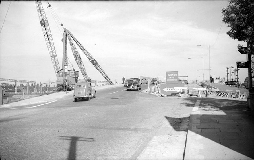 New road bridge in Leicester road, Nuneaton.  This carries the traffic over the main London to Glasgow railway line.  1962    IMAGE LOCATION: (Warwickshire County Record Office)