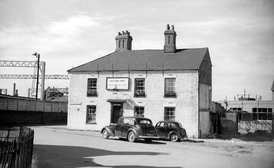 The Graziers Arms in the Weddington Road shortly before its demolition.  1962 |  IMAGE LOCATION: (Warwickshire County Record Office)