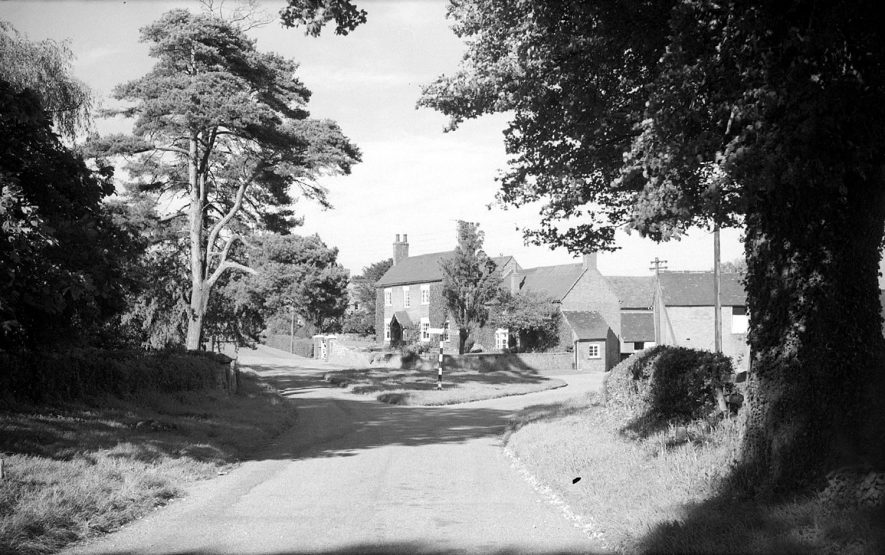 View in Copston Magna near Wolvey.  1962 |  IMAGE LOCATION: (Warwickshire County Record Office)