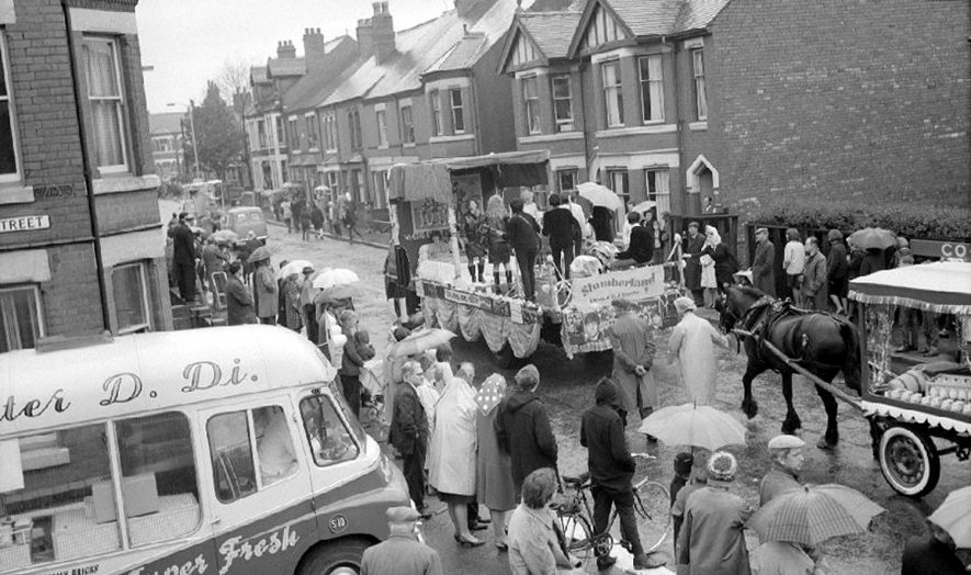Nuneaton carnival procession as seen from 159 Edward Street.  June 6th 1964 |  IMAGE LOCATION: (Warwickshire County Record Office)