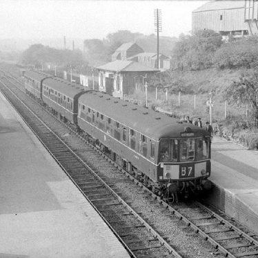 Nuneaton.  Railway Station