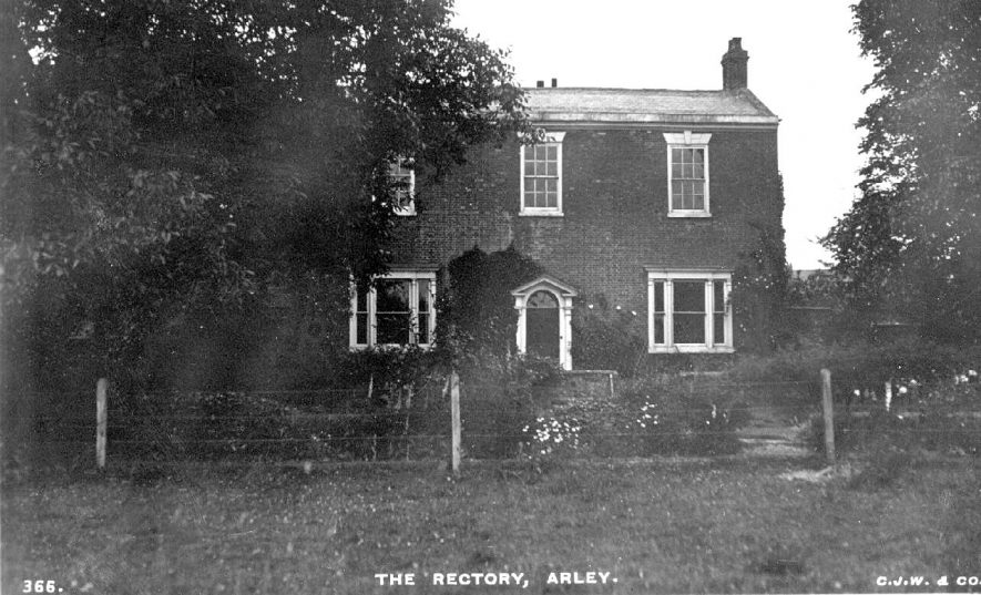Front view of rectory and garden, Arley.  1910s |  IMAGE LOCATION: (Warwickshire County Record Office)
