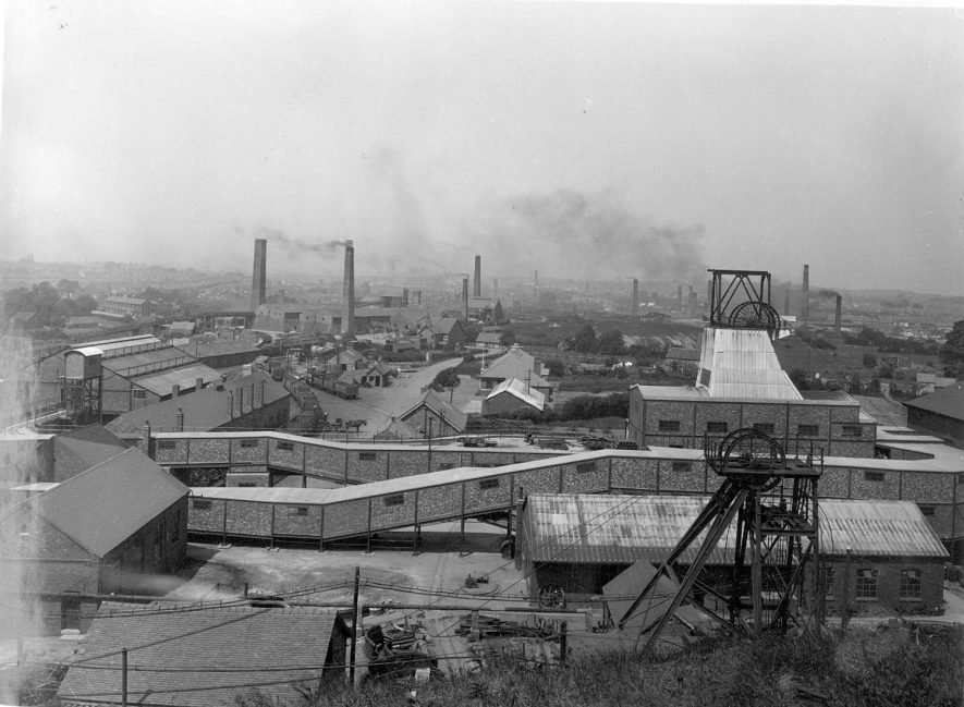 General view of the colliery and the new Surface Plant completed in 1939.  1946 |  IMAGE LOCATION: (Warwickshire County Record Office)