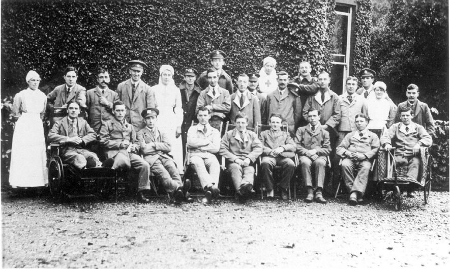 Wounded soldier patients with nurses, Coleshill.  1919 |  IMAGE LOCATION: (Warwickshire County Record Office)