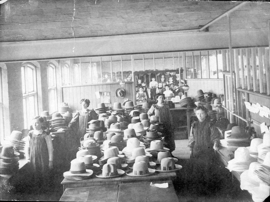 Group of ladies in Luckman & Pickering's hat factory workshop in Bedworth.  1900s |  IMAGE LOCATION: (Warwickshire County Record Office)