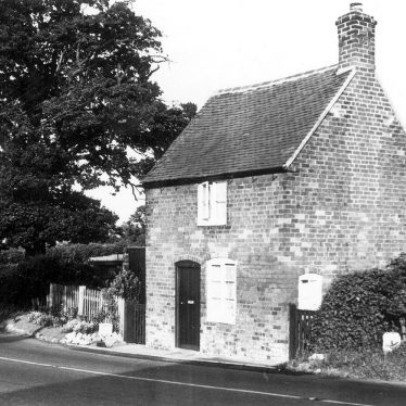 Shustoke.  Toll House
