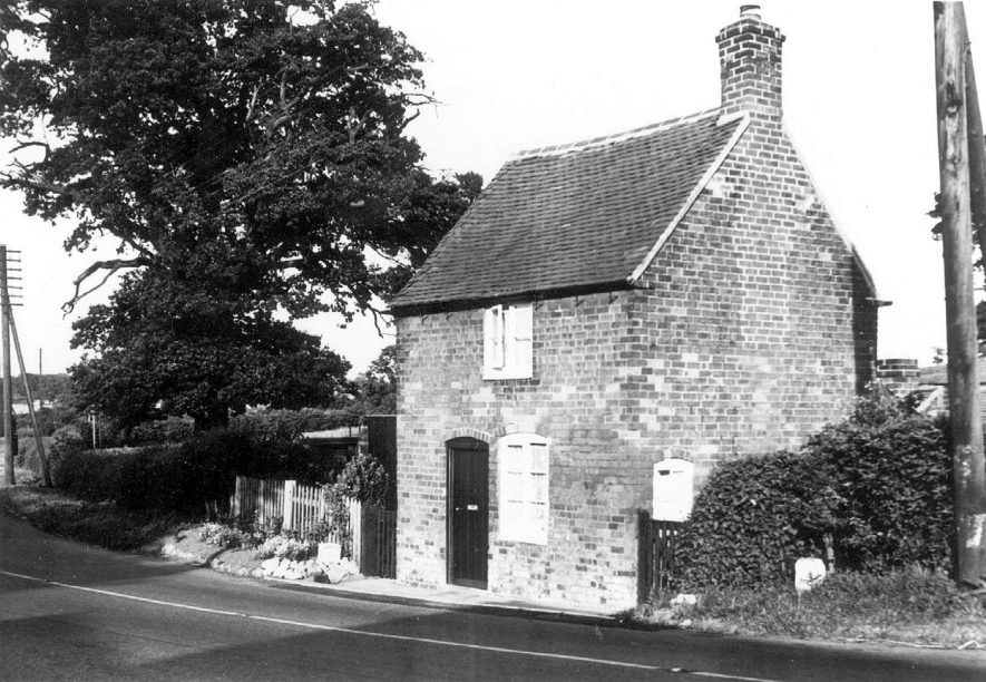 Small cottage in Griffin Hill, Shustoke, formerly a toll house.  Circa 1974 |  IMAGE LOCATION: (Warwickshire County Record Office)