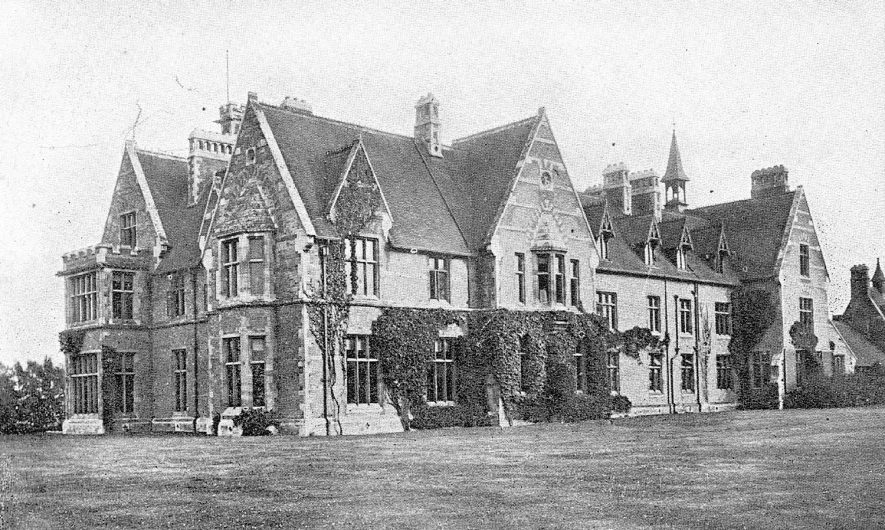 Exterior of the Diocesan House in Coleshill.  1910s |  IMAGE LOCATION: (Warwickshire County Record Office)