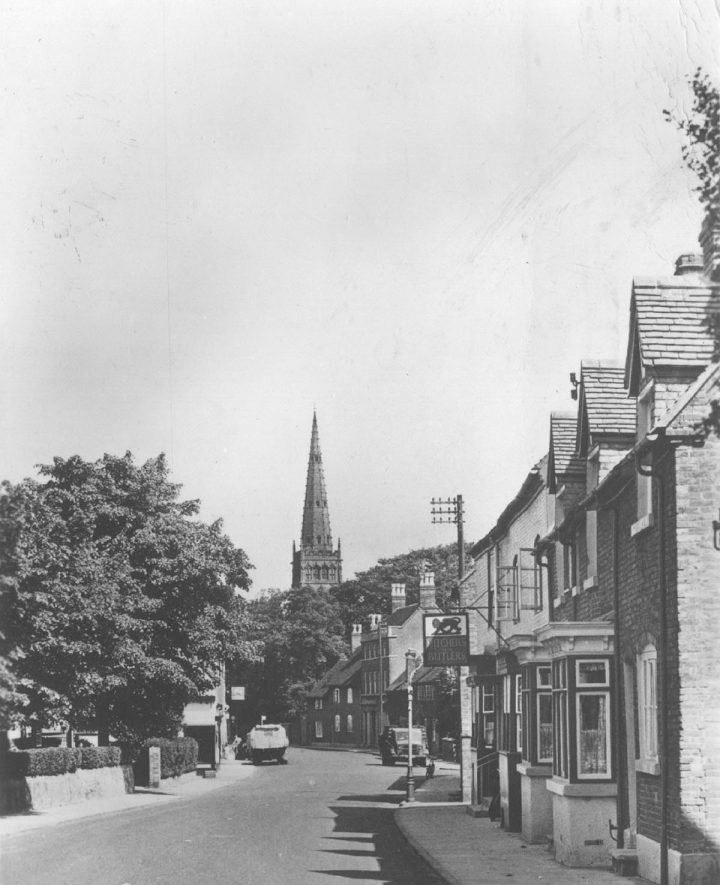 A view along the Coventry Road at Coleshill.  1940s |  IMAGE LOCATION: (Warwickshire County Record Office)