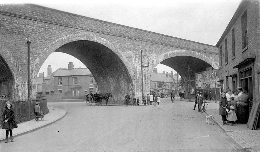 Coton Arches railway bridge at Chilvers Coton.  1910s |  IMAGE LOCATION: (Warwickshire County Record Office)