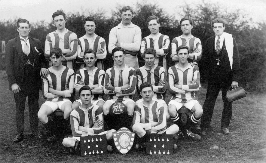 Heath End amateur football club team photograph, Chilvers Coton.  1921/22 |  IMAGE LOCATION: (Warwickshire County Record Office)