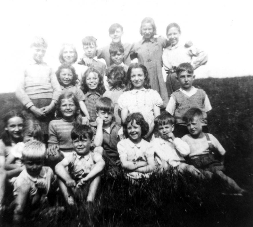 Group of colliers' children, before the war.  1930s |  IMAGE LOCATION: (Warwickshire Museums. Photographic Collections.)