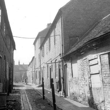 Atherstone.  Allen's Yard