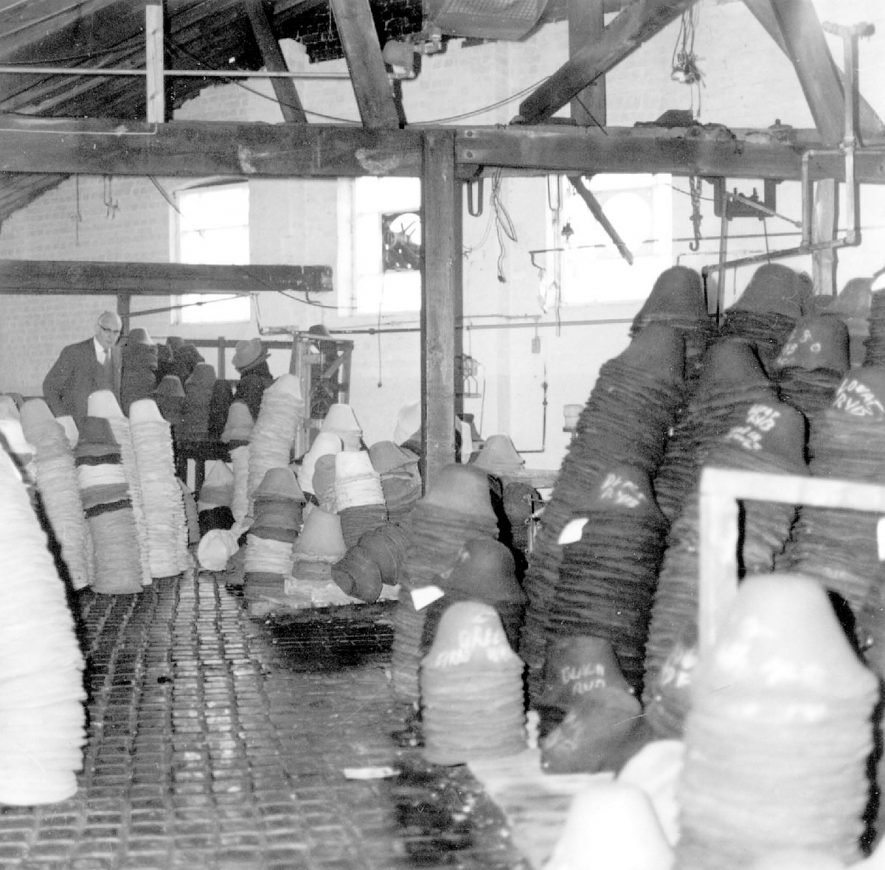 Vero & Everitt's hat factory, Atherstone.  Steaming room.  1975 |  IMAGE LOCATION: (Warwickshire Museums. Photographic Collections.)