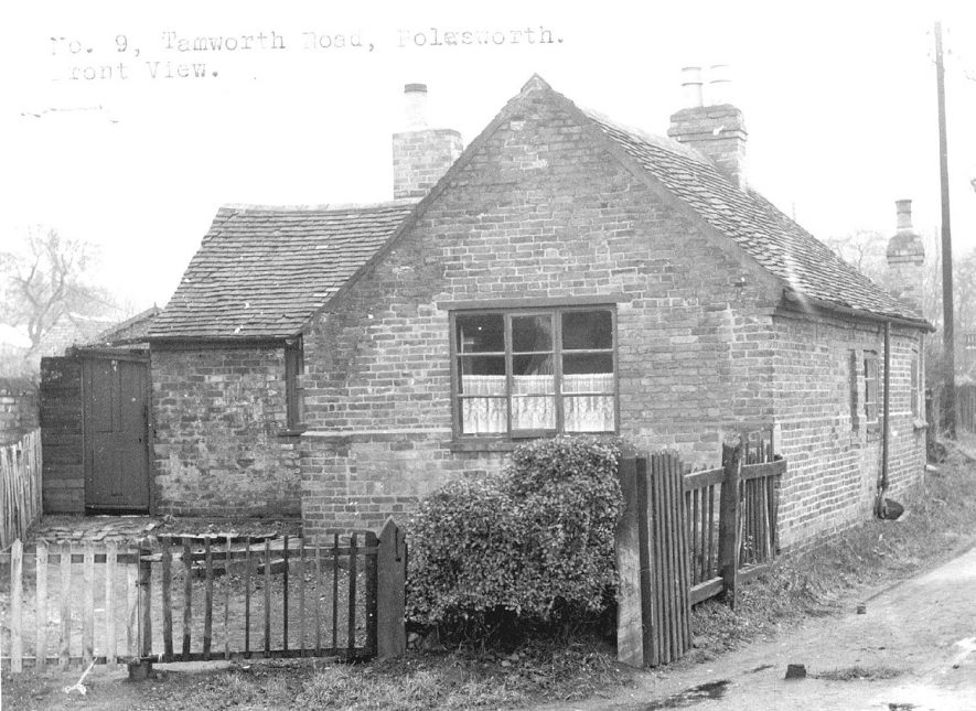 Front view of 9 Tamworth Road, Polesworth.   1950s |  IMAGE LOCATION: (Warwickshire Museums. Photographic Collections.)