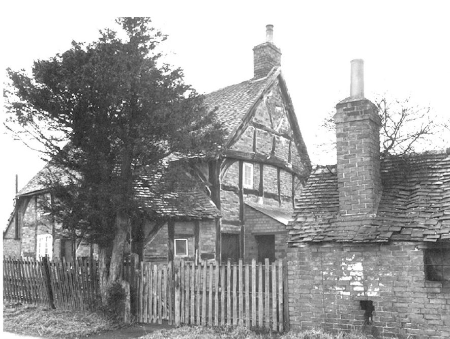 The Blacksmith's Shop, Shustoke.  1930s |  IMAGE LOCATION: (Warwickshire Museums. Photographic Collections.)