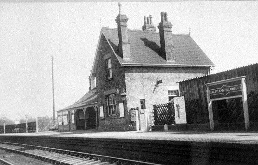 Arley and Fillongley railway station.  1930s    IMAGE LOCATION: (Warwickshire Museums. Photographic Collections.)