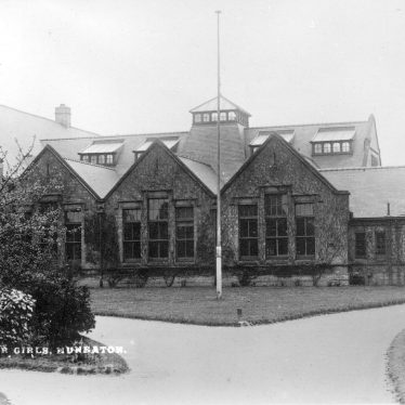 Nuneaton.  High School for Girls