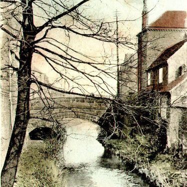 Nuneaton.  Mill Walk, town bridge