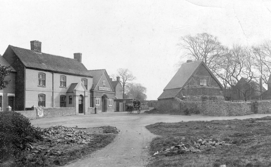 Michael Drayton's house, Hartshill.  1900s |  IMAGE LOCATION: (Warwickshire County Record Office) PEOPLE IN PHOTO: Drayton, Michael