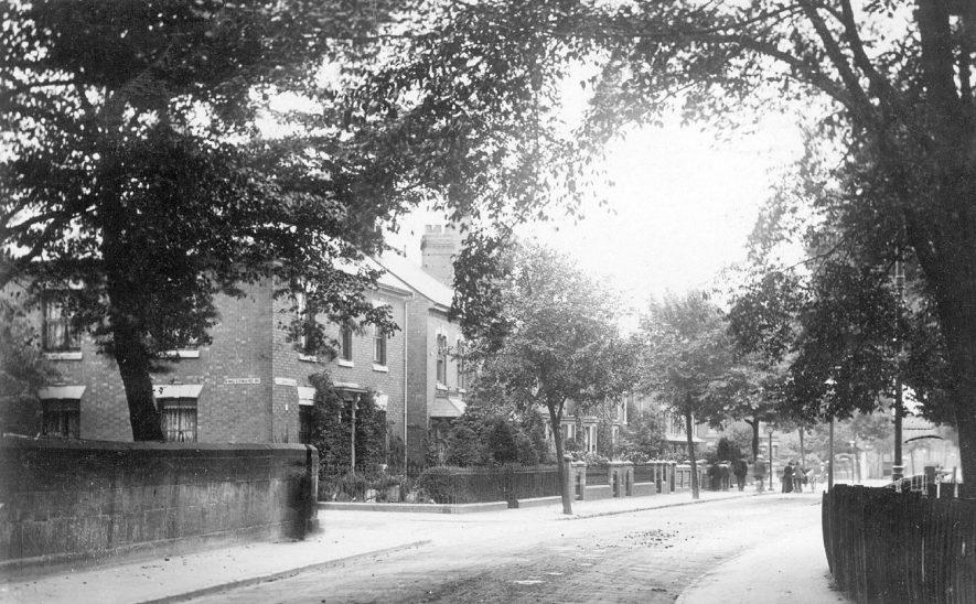 Attleborough Road, Nuneaton.  1910s |  IMAGE LOCATION: (Warwickshire County Record Office)