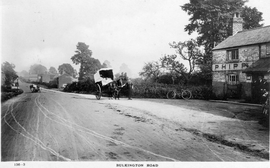 Bulkington Road, Nuneaton.  A horse and cart approaching a pub.  1920s |  IMAGE LOCATION: (Warwickshire County Record Office)