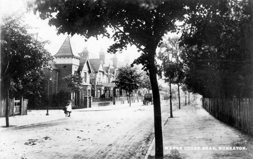 Manor Court Road, Nuneaton.  1910s |  IMAGE LOCATION: (Warwickshire County Record Office)