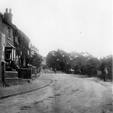 Hartshill.  Castle Road