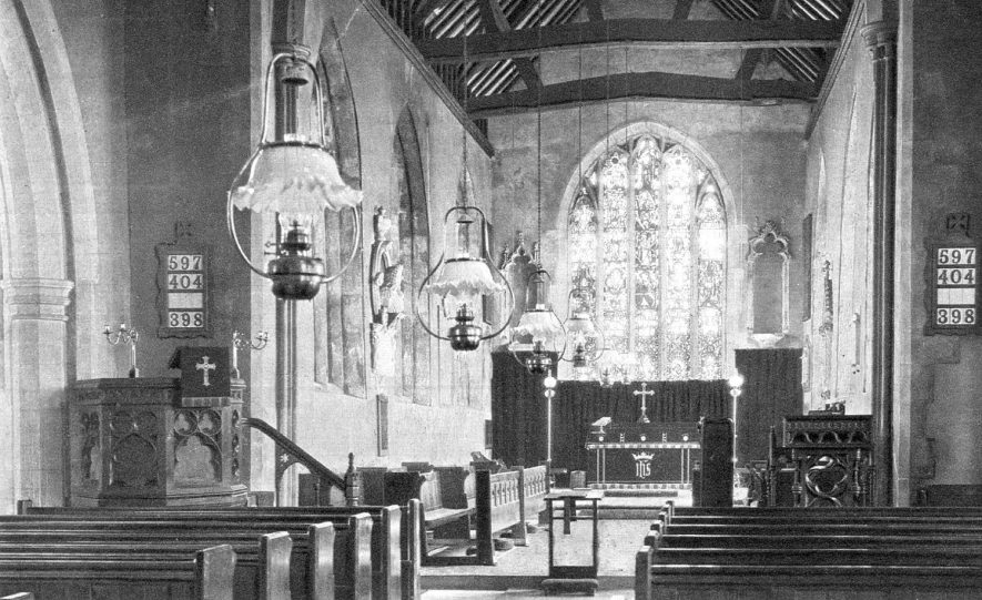 Interior of Mancetter Church.  1910s |  IMAGE LOCATION: (Warwickshire County Record Office)