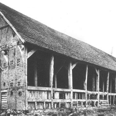 Maxstoke Castle.  Tythe Barn