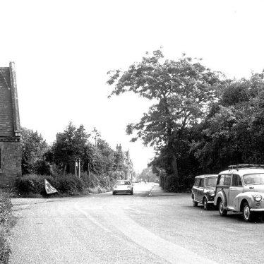 Warwick.  Lakin Road